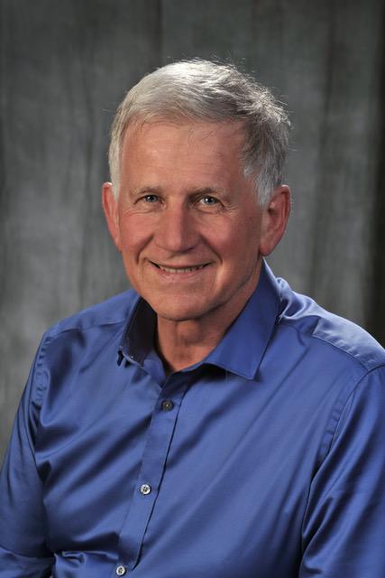 Dr Daniel Haué